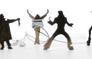 """""""Fai da te"""": la tecnologia con accessori di cartone"""