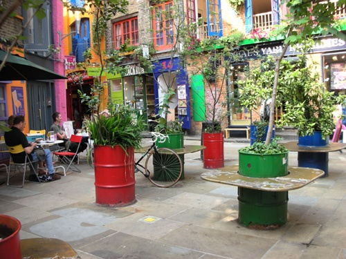 Idee di riciclo per il giardino idee green for Idee per abbellire il giardino
