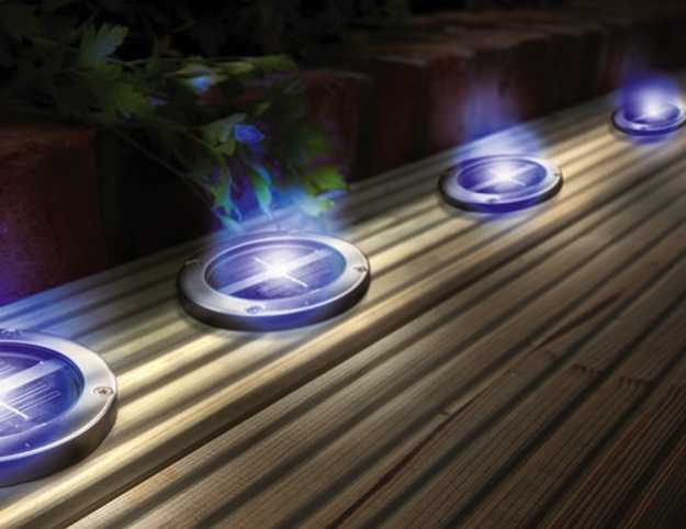 Pannelli fotovoltaici da giardino idee green - Illuminazione da giardino solare ...