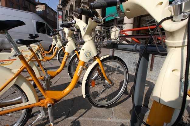 Milano un esempio per le metropoli del globo idee green for Mobile milano bike sharing
