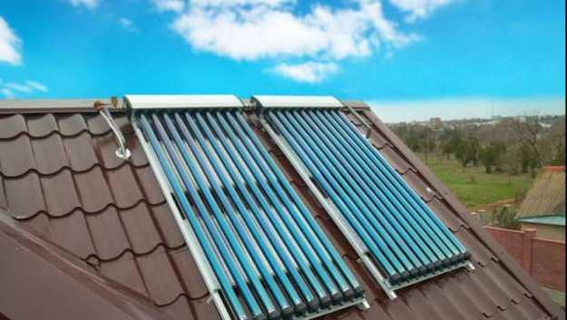 Pannelli fotovoltaici su un tetto