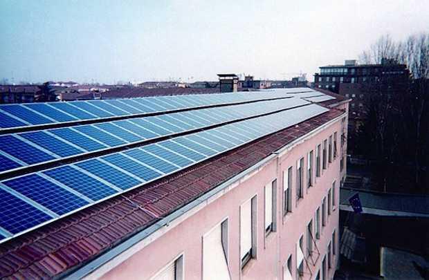 Pannello Solare A Sud Ovest : Come orientare i pannelli solari idee green