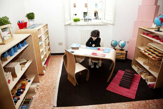 flowerssori mobili per bambini ispirati al metodo