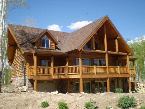 Casa in legno idee green for Case di tronchi di blocchi di legno