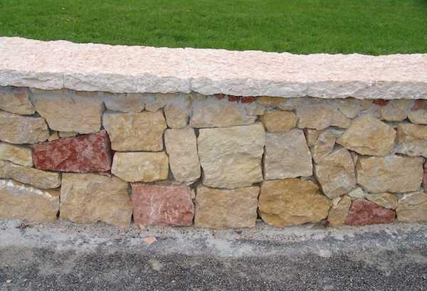 Come Costruire Un Muro Di Pietra.Come Fare Un Muretto Idee Green