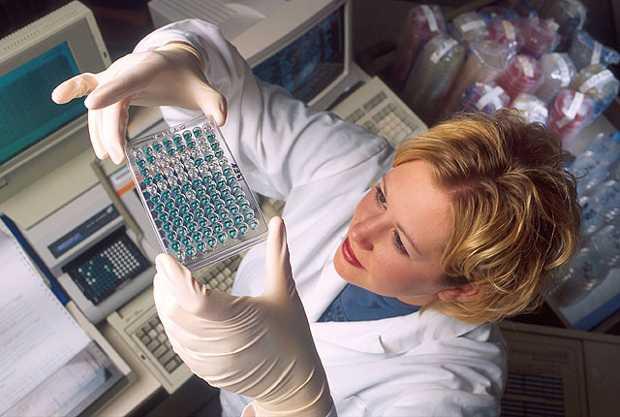 Una ricercatrice sanitaria