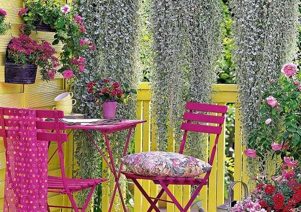 Giardini sul terrazzo idee green for Idee per terrazzi fioriti