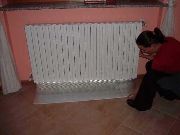 Pannelli termoriflettenti risparmio in bolletta idee green for Pannelli resistenti al fuoco per rivestimenti di case