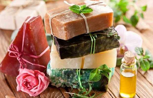 Saponette fai da te con ingredienti naturali idee green for Fai da te casa riciclo