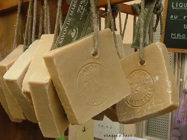 Come fare il sapone di marsiglia in casa idee green - Sapone neutro per pulizie casa ...
