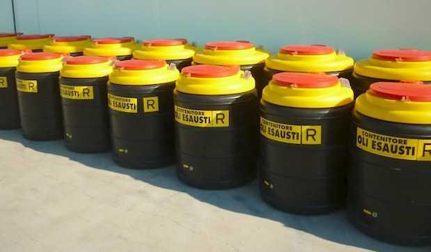 Olio alimentare usato, raccolto e riciclato - Sabar