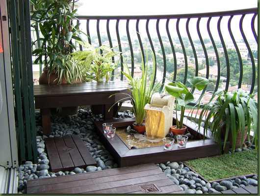 Idee Terrazzo Piccolo: Idee terrazzo piccolo costruire un orto da foto ...