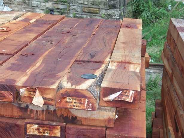 Come isolare il legno dall acqua colori per dipingere - Isolare il soffitto dall interno ...