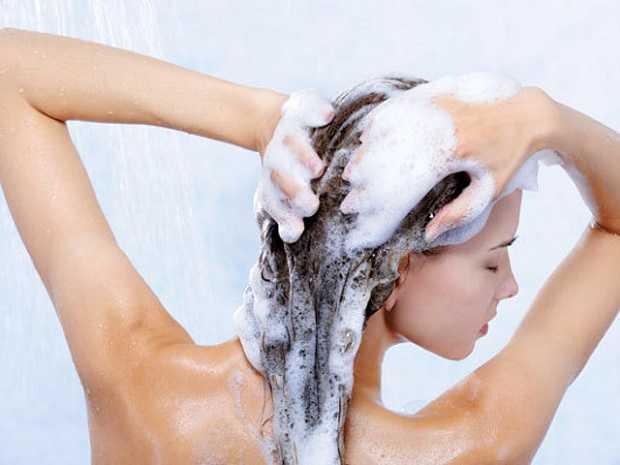 Shampoo fai da te con ingredienti naturali