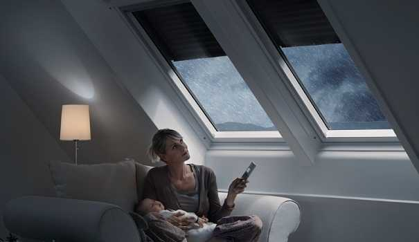 Tapparelle a energia solare idee green for Motorino velux