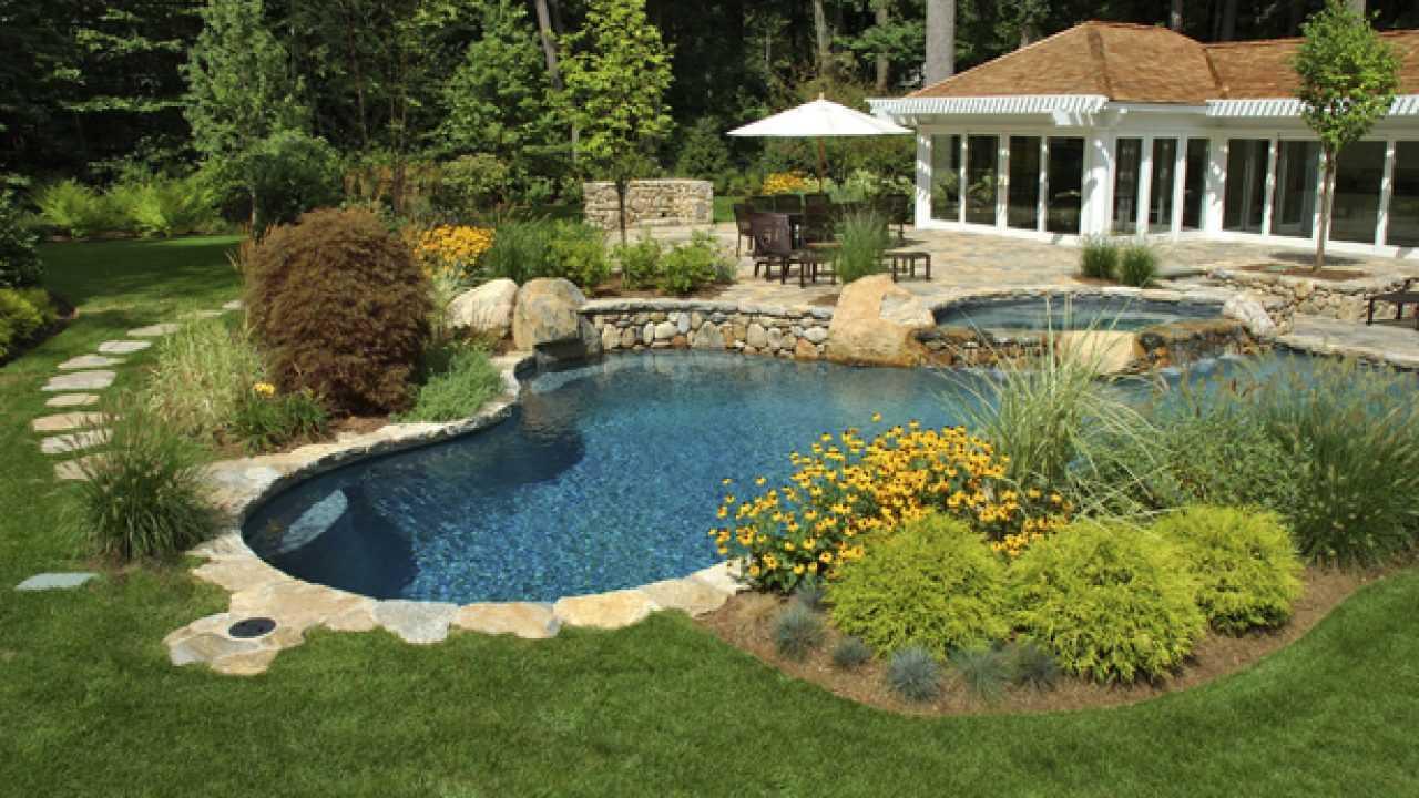 Telo Per Laghetto Da Giardino idee per decorare giardino, dal laghetto al tetto verde
