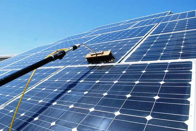 lavare i pannelli fotovoltaici