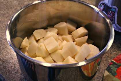 patate in pentola a pressione