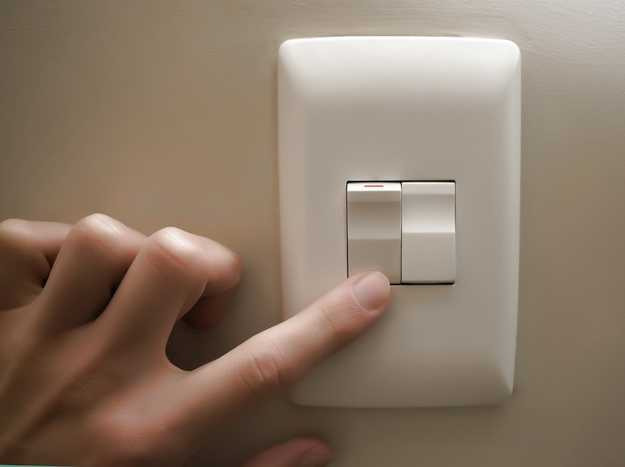 Interruttore luce - Come risparmiare energia in casa
