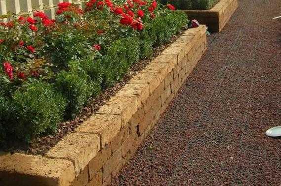 costruire fioriera in muratura