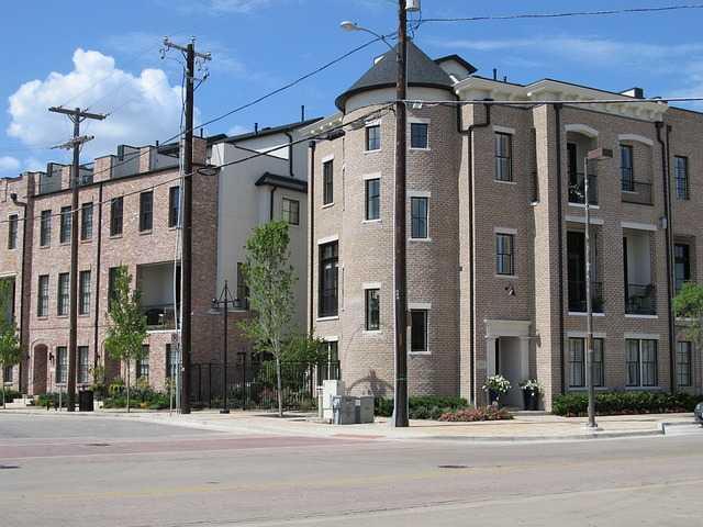 Balconi Esterni Condominio : Canna fumaria e condominio cosa dice la legge idee green