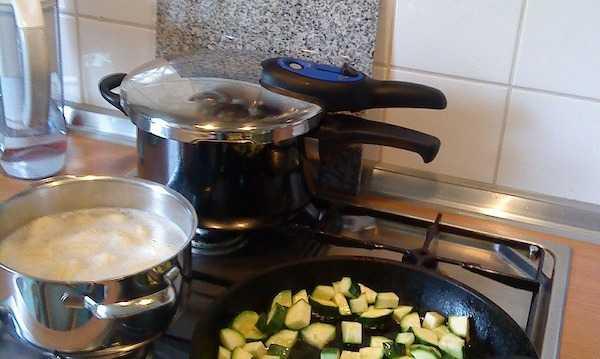 come cucinare in pentola a pressione come si usa