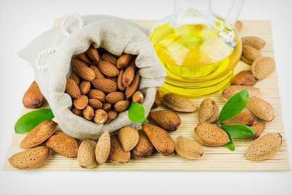 olio di mandorle dolci proprietà