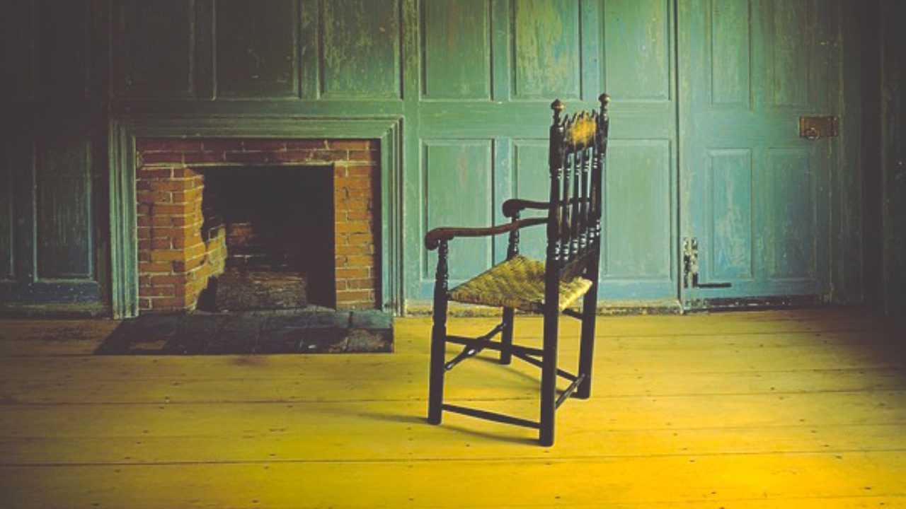 Dipingere Sedie Di Legno come rinnovare una sedia di legno - idee green