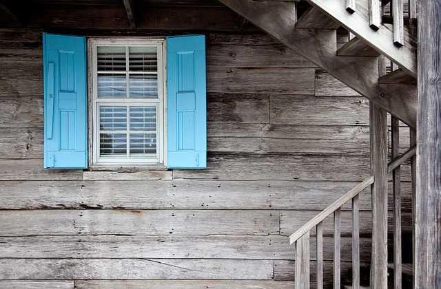 eliminare spifferi porte e finestre