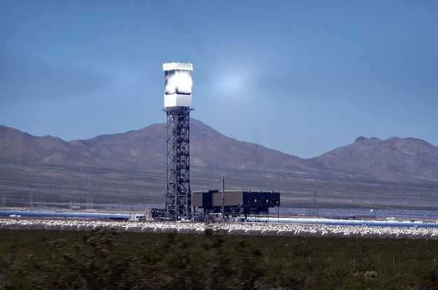 torre solare a concentrazione