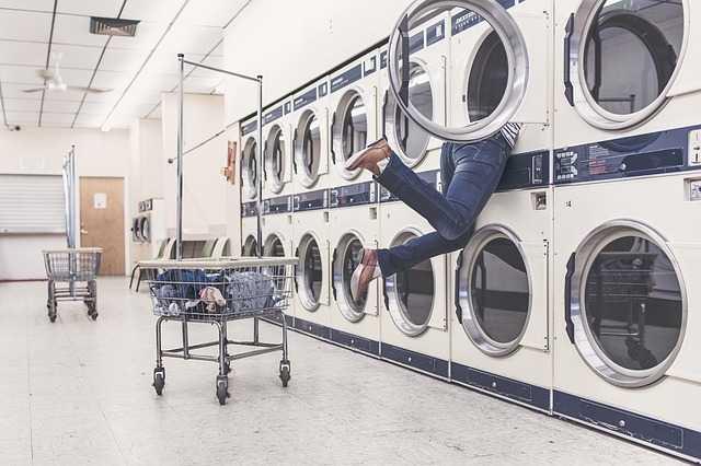 cattivi odori lavatrice