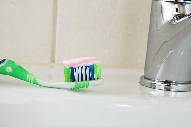 come fare dentifricio in casa