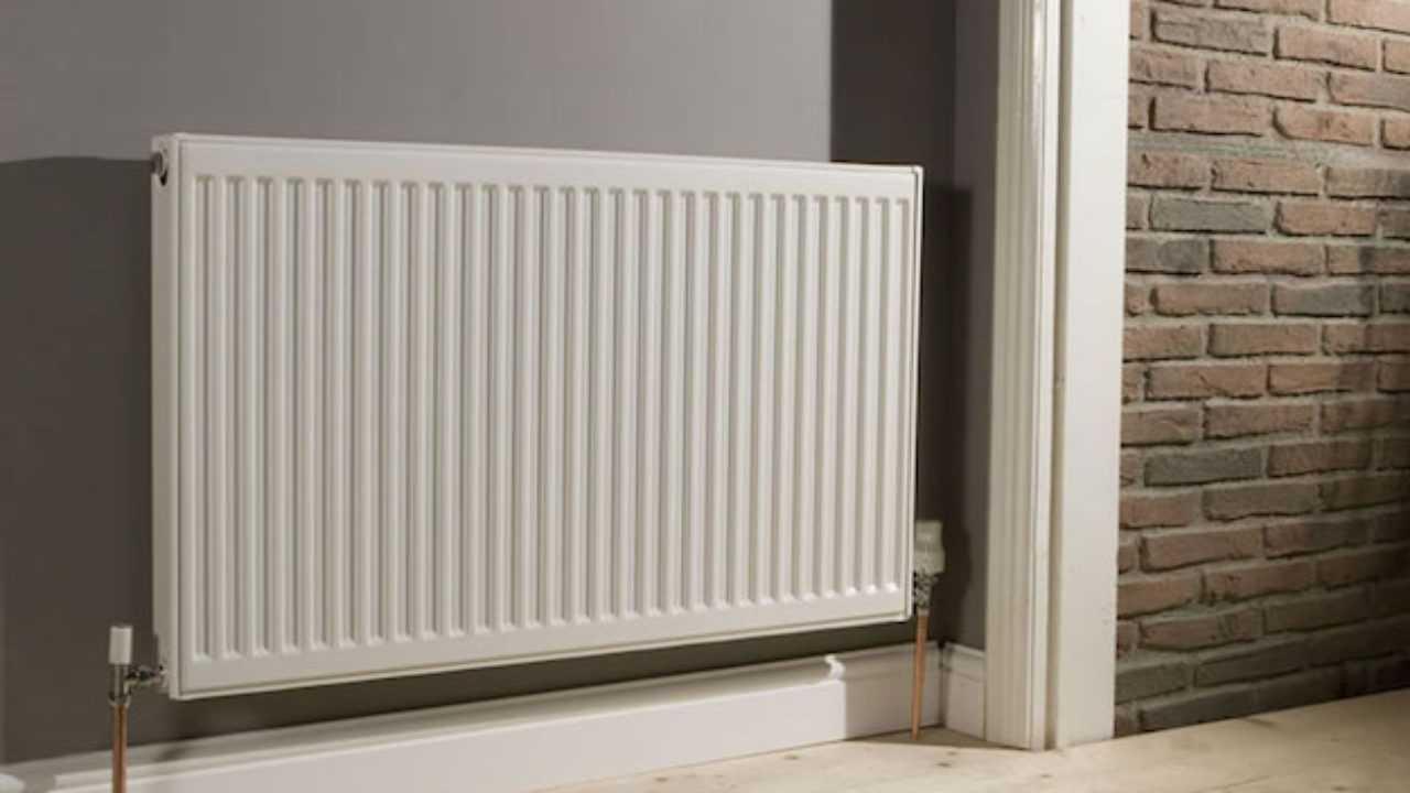 Radiatori In Alluminio O Acciaio la manutenzione dei termosifoni - idee green