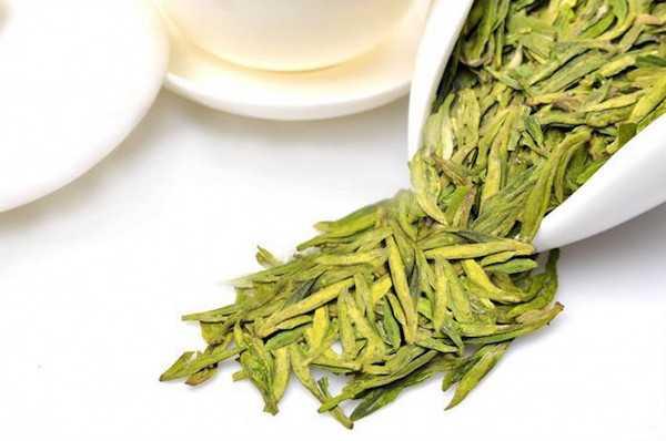 come riutilizzare foglie di tè verde