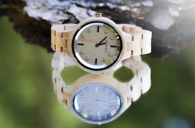 orologio in legno da polso