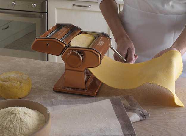 Come fare la pasta in casa idee green - Macchina pasta fatta in casa ...