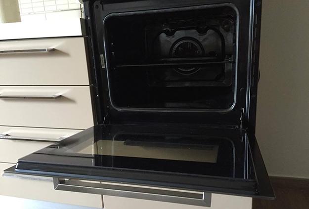 Come pulire il vetro del forno - Idee Green