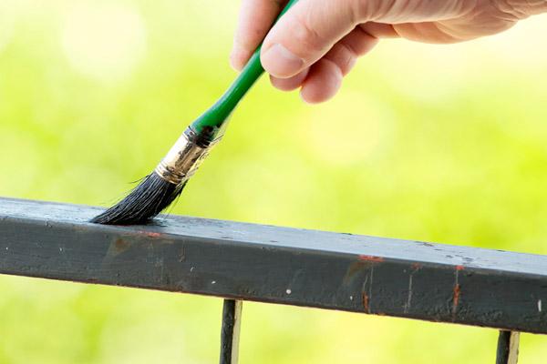 Come verniciare il metallo