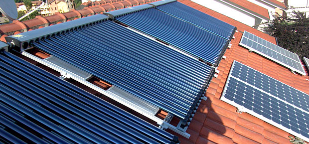 Solare termico detrazione o conto termico idee green - Non esce acqua calda dallo scaldabagno ...