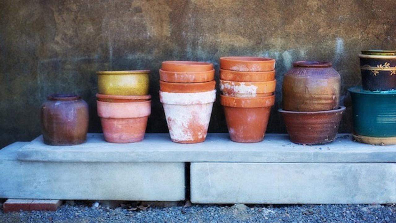 Come Dipingere Vecchie Tegole pitturare vasi di terracotta - idee green