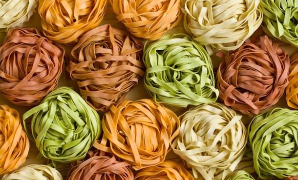 Pasta fresca colorata fatta in casa idee green - Pasta fatta in casa ...