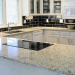 Piano di lavoro in cucina materiali e consigli idee green - Piano da lavoro per cucina ...