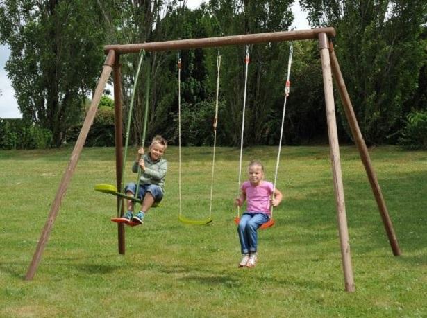 Giochi da giardino per bambini idee green - Altalene bambini per esterno ...