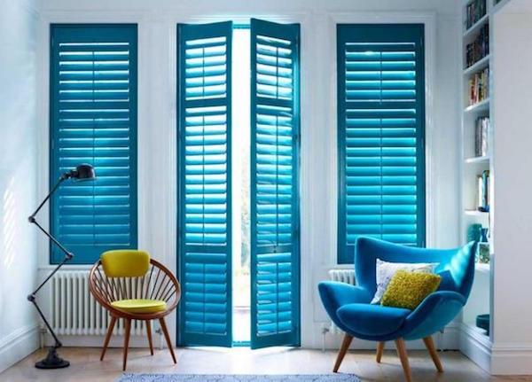 Riverniciare gli infissi porte e finestre idee green - Verniciare porte in legno ...