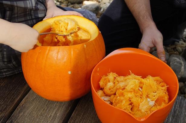 Come decorare la zucca di halloween idee green for Zucca di halloween fai da te