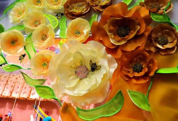 fiori di stoffa fatti a mano