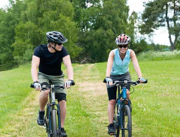modelli di casco bici ciclismo tempo libero