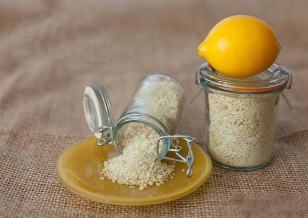 Sale agli agrumi aromatizzato al limone