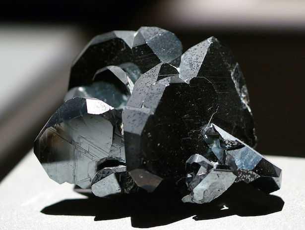 ematite pietra cristalloterapia significato