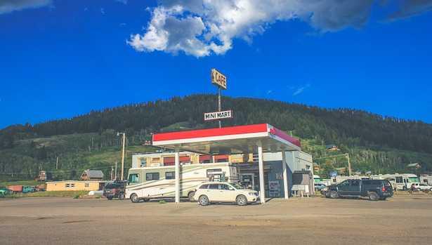 risparmiare gas auto